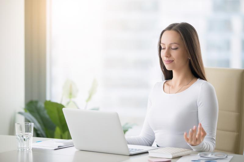 Was sind die Vorteile von Firmenyoga für Arbeitsgeber